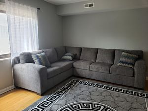 Large Grey Sectional Sofa Couch!! Brand New for Sale in Chicago, IL