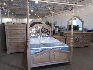 Queen Bedroom Set $3000 cash sale for Sale in Dallas, TX