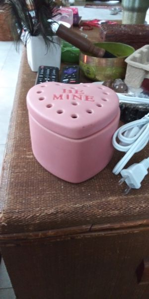 Be Mine Scentsy Warmer for Sale in Gulfport, FL