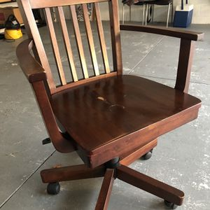 All Wood Bankers Chair for Sale in Apollo Beach, FL