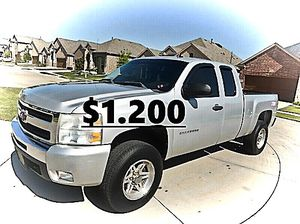 ✨$1,200 I'm selling 🔥✅. is available ❤️ 2011 Silverado🔑🔑 🍁!4WDWheelss!🍁 for Sale in Bridgeport, CT