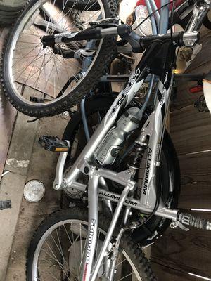 Bikes bikes bikes for Sale in Fresno, CA