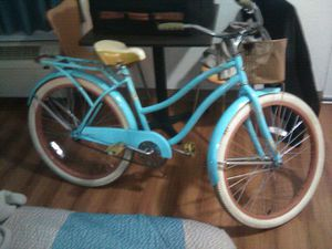 Mint green Huffy Nel lusso for Sale in Lexington, KY