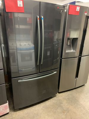 New Discounted Samsung Black Stainless Refrigerator 1yr Manufacturers Warranty for Sale in Gilbert, AZ