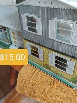 Vintage Tin Dollhouse for Sale in Vancouver,  WA