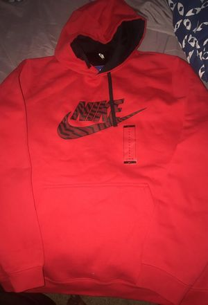 Brand new Nike hoodie for Sale in Cleveland, OH
