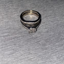 Diamond Wedding Ring Size 7, Wife Doesn't Even Wear It That Much So I'm Selling It for Sale in San Jose,  CA