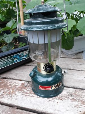 Coleman CXL 1984 lantern for Sale in Bloomington, MN
