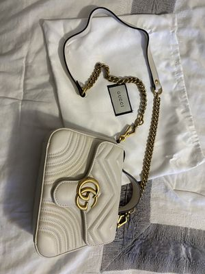 Gucci GG Marmont mini quilted leather shoulder bag for Sale in Fort Washington, MD