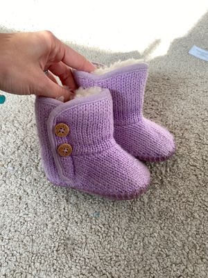Baby girl Ugg boots size 1 for Sale in Garden Grove, CA