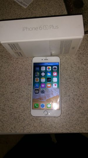 IPHONE 6S PLUS WITH OTTER BOX for Sale in Spartanburg, SC
