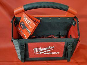 Milwaukee large 15 inch large packout tote tool bag bolsa de herramienta nueva for Sale in Los Angeles, CA