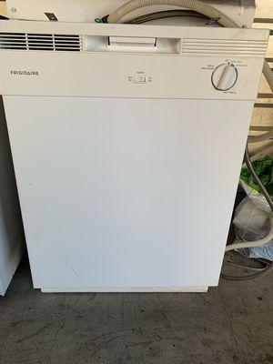 White Frigidaire Dishwasher for Sale in Phoenix, AZ