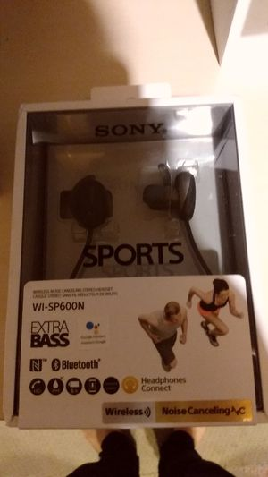 Sony Bluetooth sport wired Bluetooth headphones extra Bass for Sale in North Wales, PA
