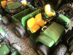 Several John Deere power wheels and jeep for Sale in Pendleton, IN