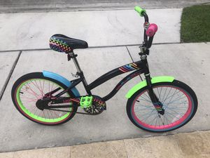 Girls 20 inch Bike for Sale in Hollywood, FL