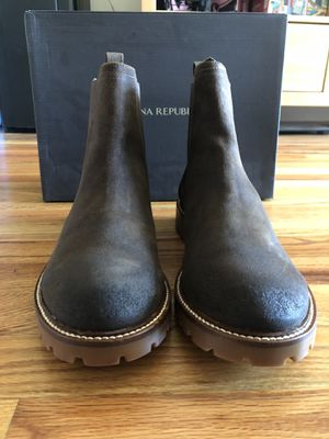 Banana Republic Men Chelsea Boots size 9.5 for Sale in Queens, NY