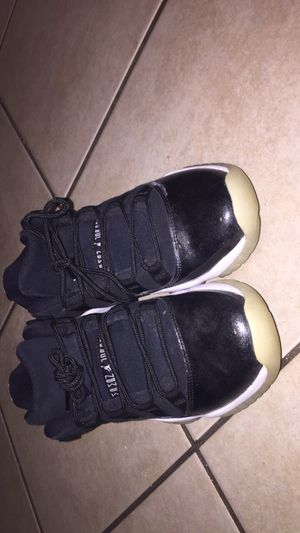 Jordan 11 retro low barons for Sale in Austin, TX