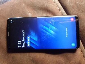 CLEAN MINT CONDITION AT&T SAMSUNG S8 UNLOCKED MUST PICK UP 73RD AVE AND INDIAN SCHOOL ASKING $240 for Sale in Phoenix, AZ