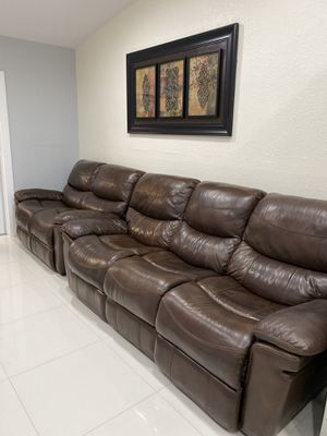brown-leather-reclining-sofa and loveseat for Sale in Hialeah, FL