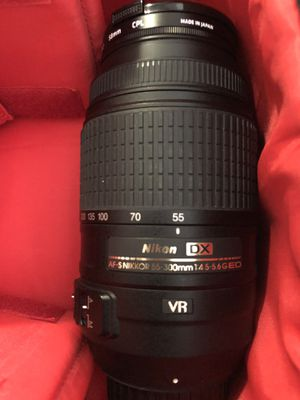 Nikon 55-300mm Lens for Sale in Miami Beach, FL