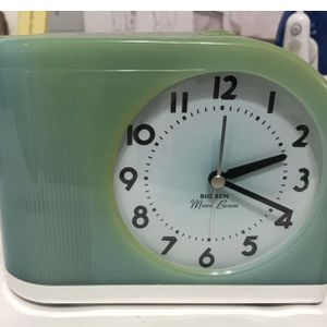 Antique 60 Alarm Clock for Sale in Ontario, CA