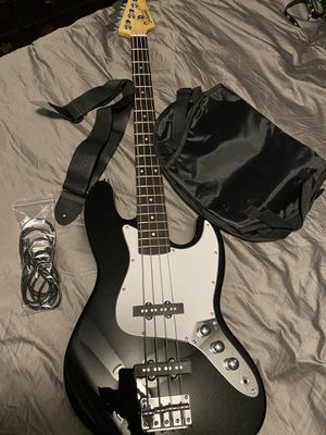 Bass Guitar for Sale in Duncan, SC
