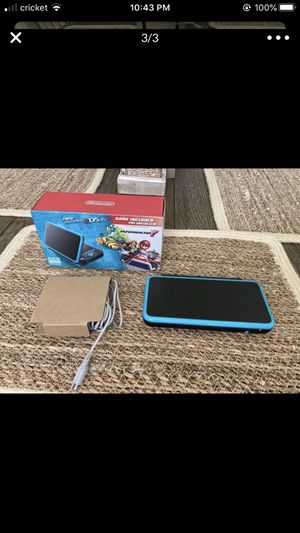 Nintendo 2ds like new with 3 games $120 , 3ds compatible for Sale in Kissimmee, FL