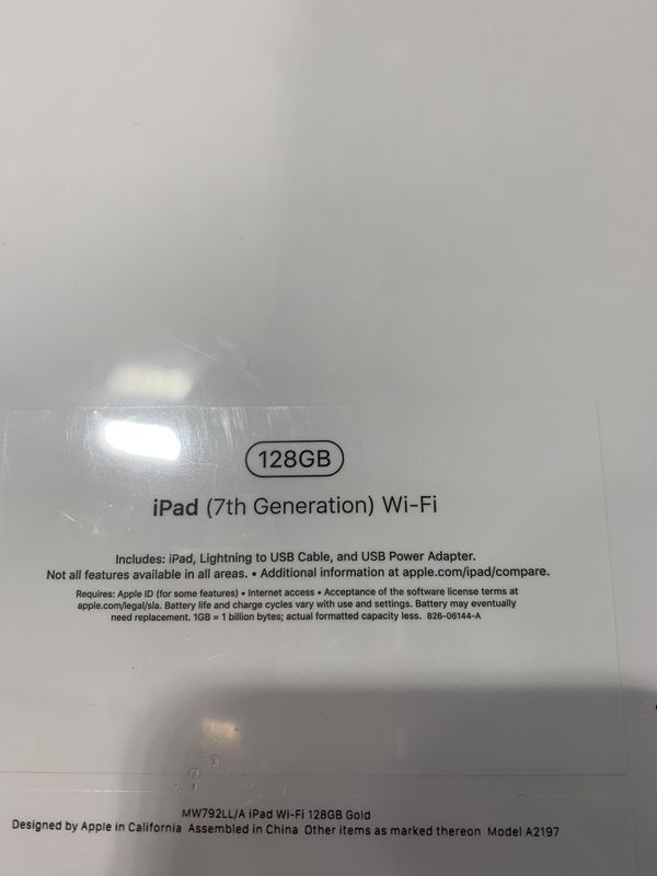 All new 2019 edition iPad 128GB gold 10.2 inch Retina display. Support for the Smart Keyboard and Apple Pencil
