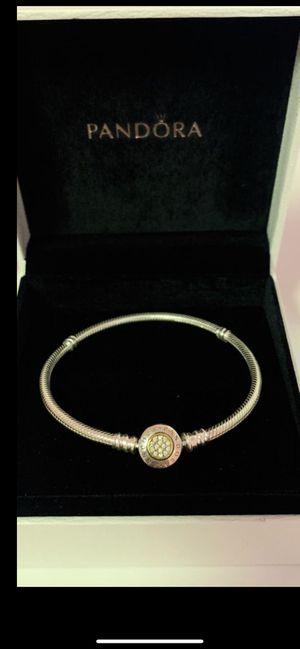 Pandora Bracelet for Sale in Miami Gardens, FL