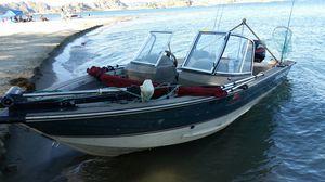 Aluminum boat tracer 2002 16 feet fare condition for Sale in Everett, WA