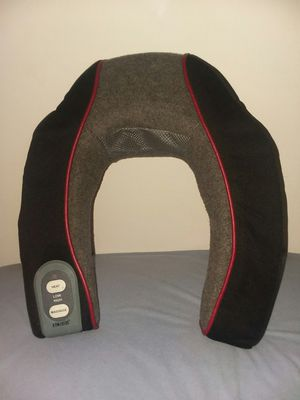 HoMedics NMSQ-200 Neck and Shoulder Massager with Heat for Sale in Traverse City, MI