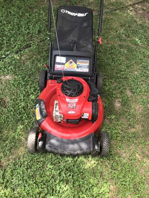 Lawn mower for Sale in Pflugerville, TX