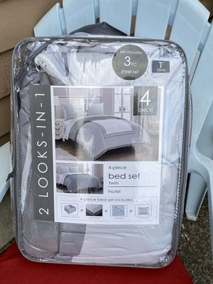 Pretty Twin Bed Set for Sale in Canby, OR