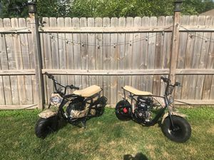 2 scooters for sale. Almost brand new! 1000 obo I'm willing to sell individuals! for Sale in Chicago, IL