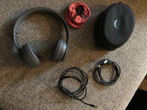 Beats by Dre solo 3 wireless headphones for Sale in Kirkwood, NJ