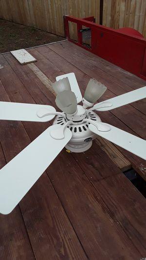 Hunter ceiling fan for Sale in Tucson, AZ