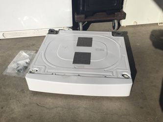 Riser For Samsung Washer for Sale in Beaverton,  OR