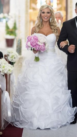 Wedding dress size 7/8 David's Bridal for Sale in Clearwater, FL