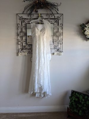 NWT Wedding Dress, Wrap, veil and slip - size 16 for Sale in Las Vegas, NV