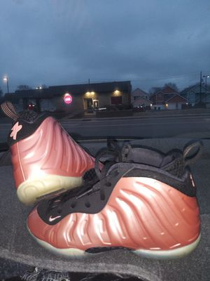 Foamposites pink size 3y kids. Only worn once! for Sale in Indianapolis, IN