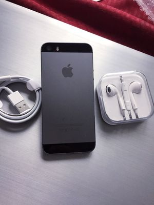 "iPhone 5S ,,Factory UNLOCKED Excellent CONDITION ""as like nEW"" for Sale in Springfield, VA"