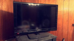 32 inch flat screen tv for Sale in Cleveland, OH