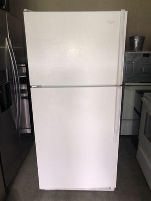 Beautiful Whirlpool Refrigerator for Sale in Santa Ana, CA