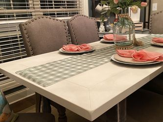 Dining Table Plus 6 Chairs for Sale in Murfreesboro,  TN