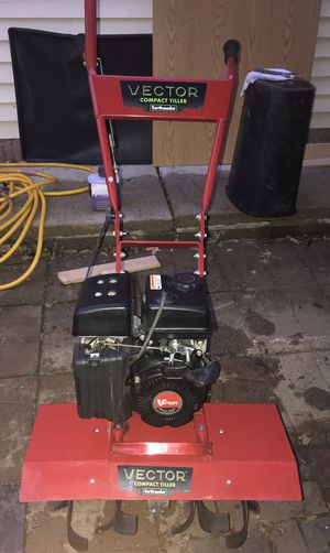 Vector earthquake compact tiller like new for Sale in Glendale Heights, IL