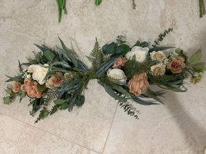 Rustic floral decorations for Sale in Clermont, FL
