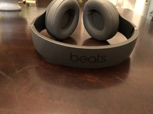Beats studio 3 for Sale in Oakland, CA