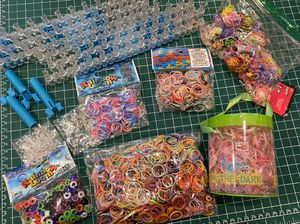 Rainbow Loom kit only $10 for all for Sale in Miami, FL