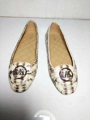 Michael Kors Flats sz 9M NEW for Sale in Hazelwood, MO
